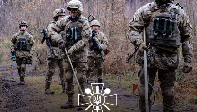 Міністр оборони привітав воїнів-інженерів із професійним святом