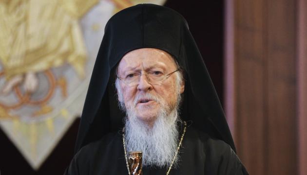 コンスタンティノープル総主教、世界の総主教に対し、ウクライナ正教会の独立を承認するよう呼びかけ