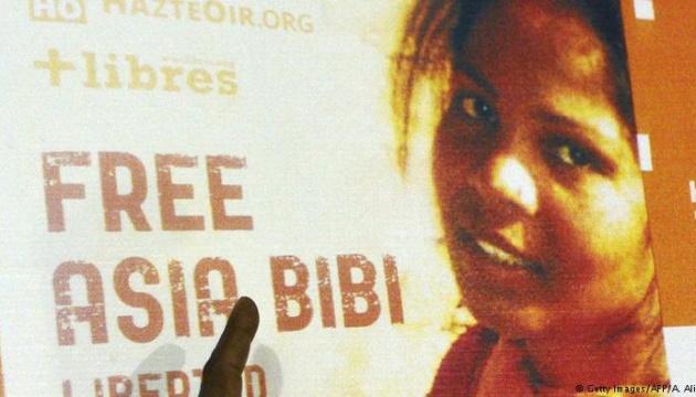 В Пакистане оправданная судом христианка до сих пор в тюрьме