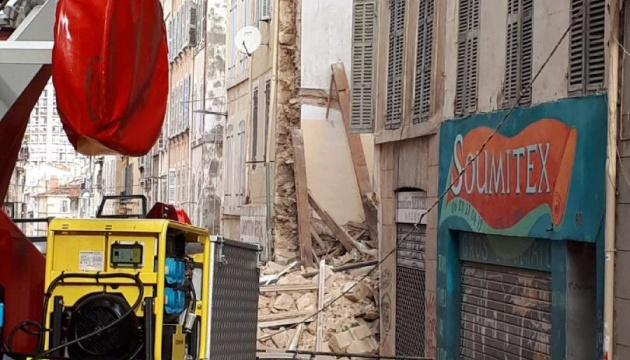 В Марселе обрушились два дома: двое раненых