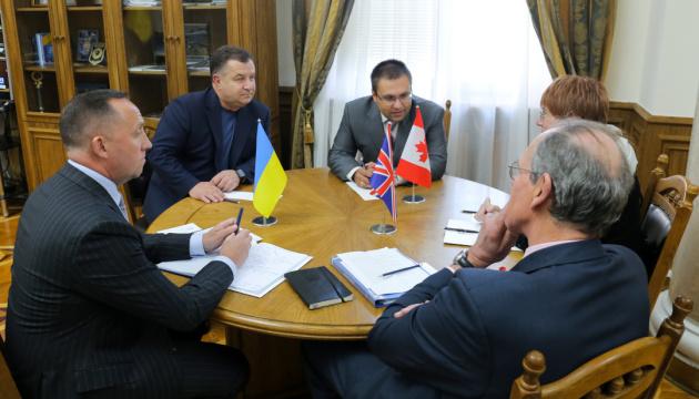 Полторак говорит, что получил важные советы от советников НАТО