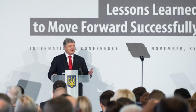 ロシアはウクライナの選挙だけでなくEUの選挙に向けても「準備している」:ポロシェンコ大統領