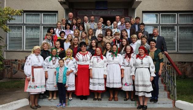 У Житомирі презентують дослідження про культурно-мовні традиції поліщуків