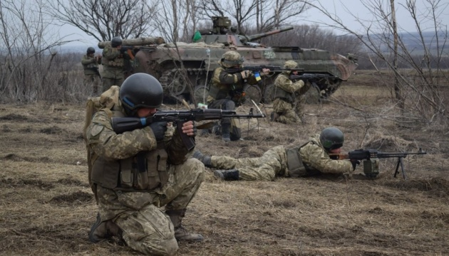 Militants launched 19 attacks on Ukrainian troops in Donbas in last day