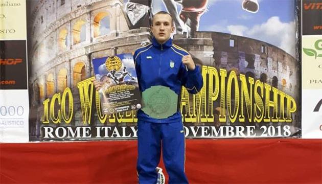 Поліцейський з Луганщини став чемпіоном світу з боротьби