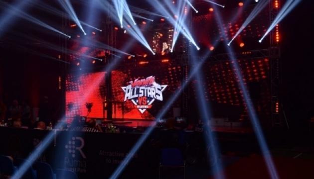 Украинские армрестлеры поборются за награды топового турнира Vendetta All Stars в Польше