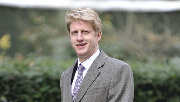 Министр транспорта Британии подал в отставку из-за