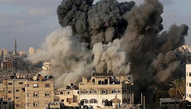 Ізраїль завдав ударів по іранських об'єктах у Сирії