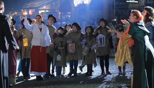 """Мукачевці виконають """"Нова радість стала"""" разом з усією країною"""