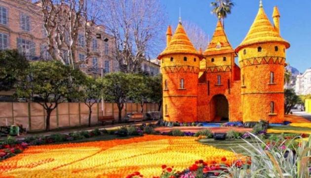 У Києві побудують замки з апельсинів та лимонів