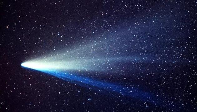 Магнітне поле Сонця змушує комети