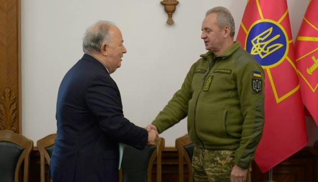 Муженко обговорив з головою СММ ОБСЄ ситуацію на Донбасі