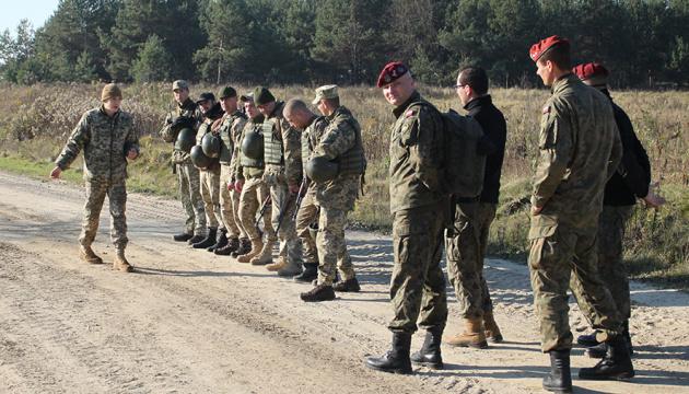 Польские парашютисты перенимали опыт украинского спецбатальона