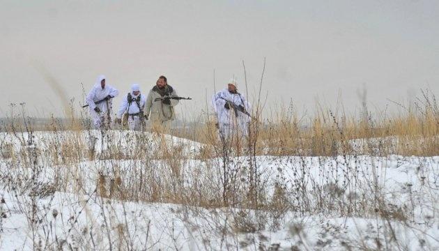 Donbás: Ocupantes usan morteros y ametralladoras