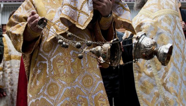 Священики Єдиної церкви на Буковині звинуватили колег із МП у крадіжці святині