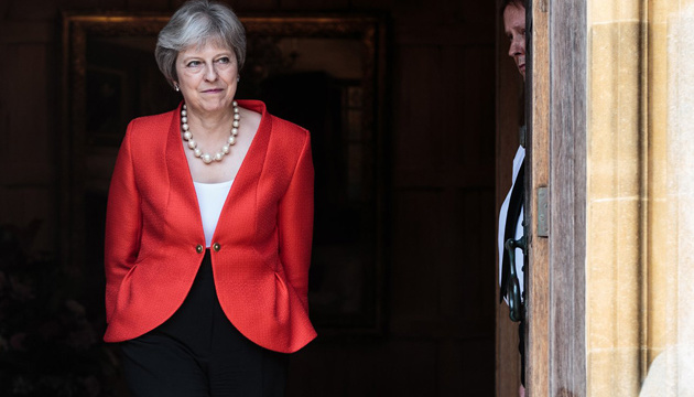 Мей просуватиме у парламенті третій варіант Brexit-угоди