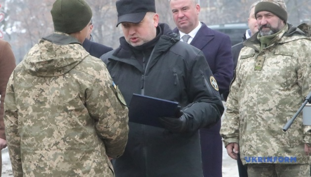 Украинские ТРК не уступают американским и европейским — Турчинов