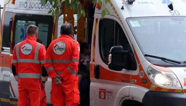 У Мілані травмувались 13 людей через різку зупинку потяга метро