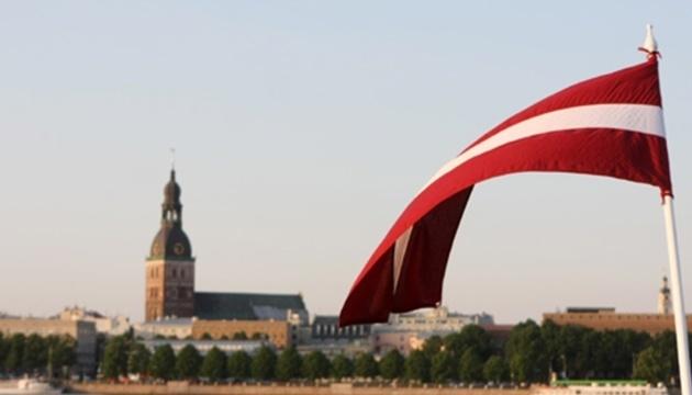 В Латвии 200 тысяч русскоязычных за 28 лет не выучили государственный язык - премьер