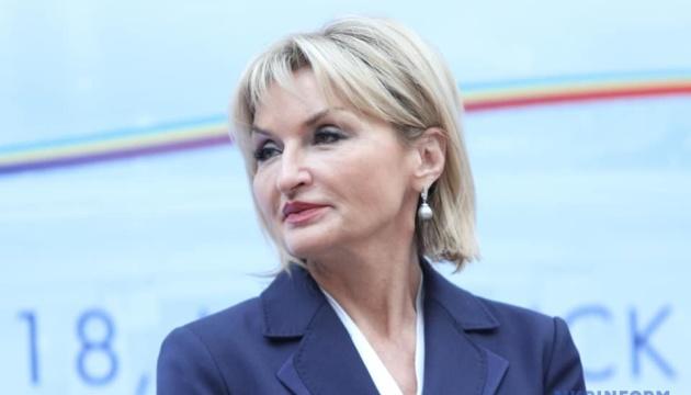 Луценко назвала абсурдом закиди Президенту у небажанні передавати владу