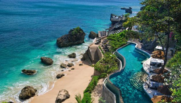 Готель на Балі заборонив гостям користуватися смартфонами