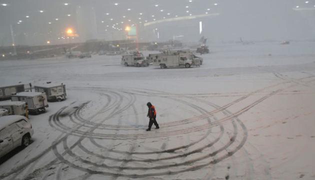 Снежный шторм обрушился на восток США, есть жертвы