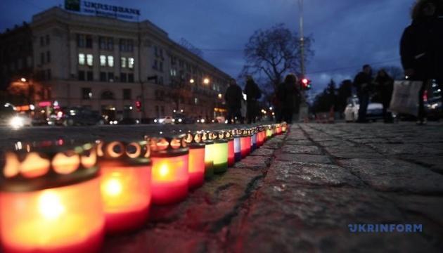 У Харкові на акції з безпеки дорожнього руху вшанували пам'ять жертв ДТП