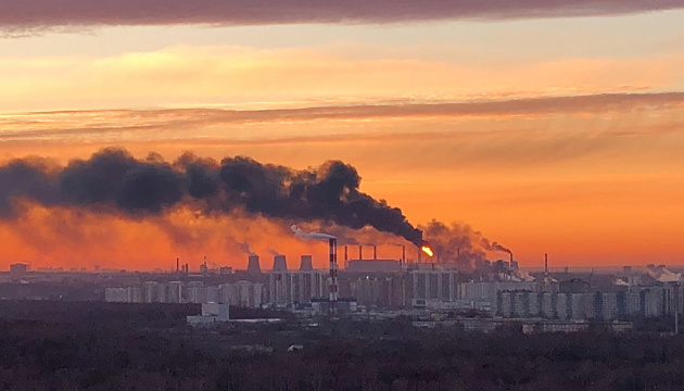 У Москві горить завод ВАТ