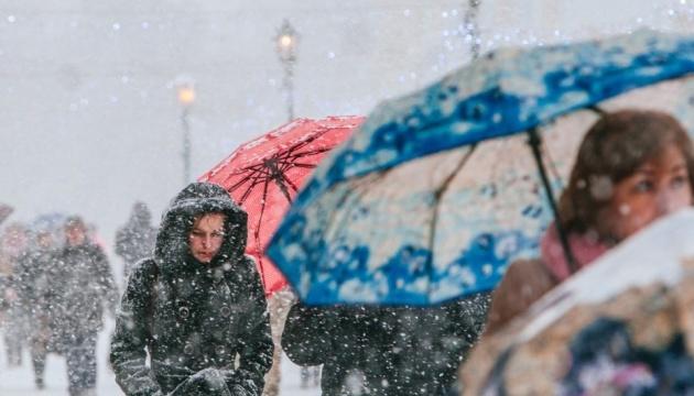 Україні обіцяють снігопади до кінця тижня