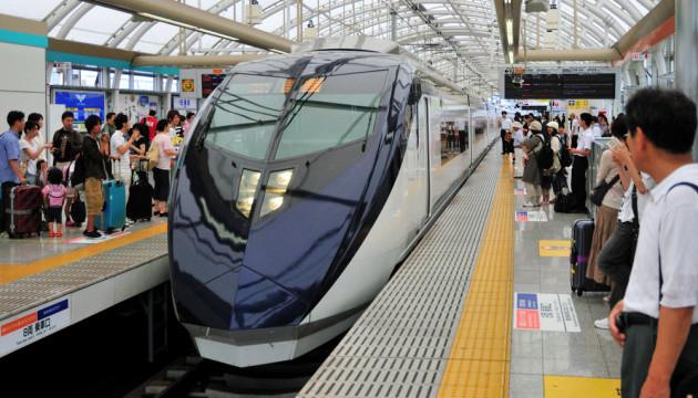 В Японии запретят возить в поездах ножи без упаковки