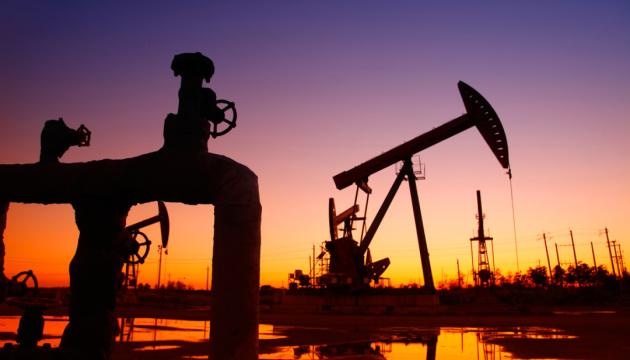 Американські санкції збагачують російських нафтоекспортерів - Bloomberg