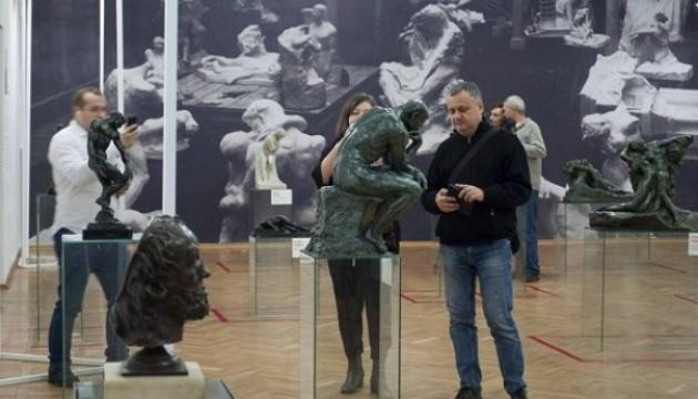У Черкасах показали скульптури Родена з приватної колекції