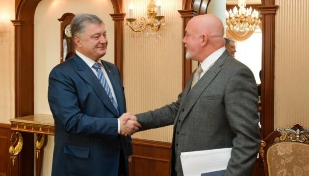 Порошенко предлагает Ryanair создать в Украине IT-хаб