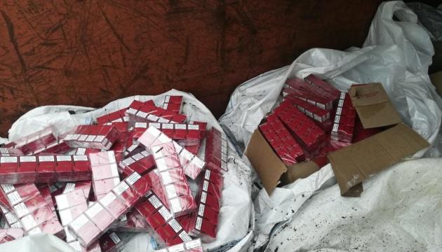 На Одещині вилучили контрабандних цигарок на майже два мільйони