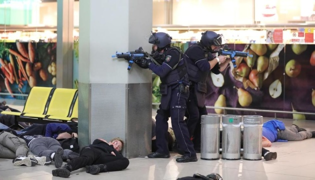 В немецком аэропорту прошли крупнейшие антитеррористические учения