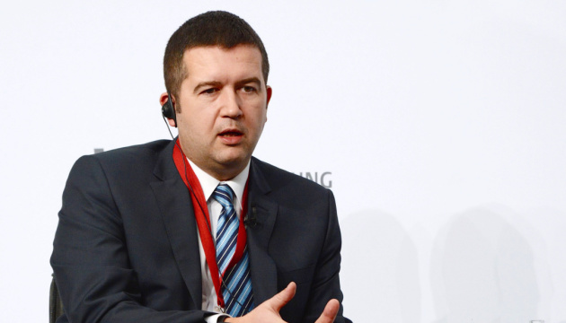 Вибухи на артскладах та Sputnik V: у Чехії політичний скандал з віцепрем'єром