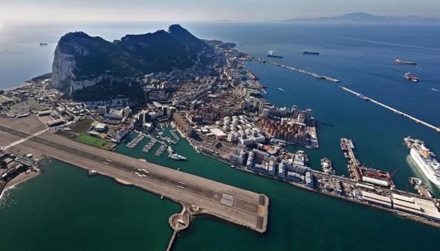 Гибралтар: 6,8 км², которые могут сорвать Brexit