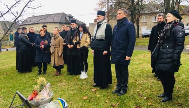 Во Франции почтили память жертв Голодомора
