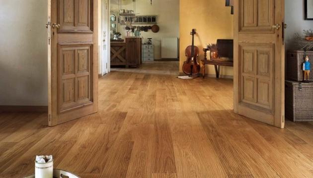 Паркетна дошка. Про переваги якісного підлогового покриття