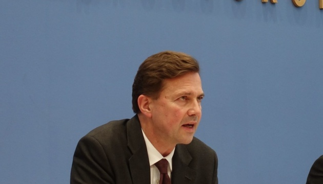 Німеччина закликає звільнити українські кораблі та моряків