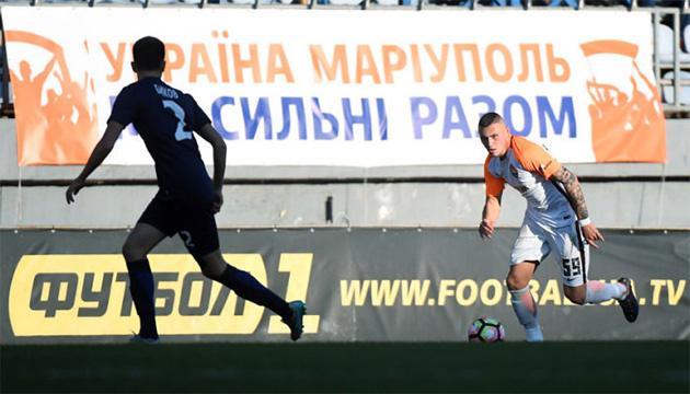 Футбол: чотири матчі УПЛ заплановані на території, де введений воєнний стан