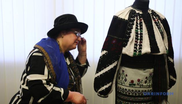 Віртуальний музей борщівської сорочки створили на Тернопільщині