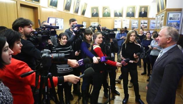 Регіональним журналістам в уряді роз'яснили, навіщо вводиться воєнний стан