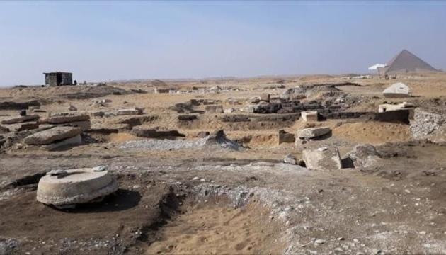 Археологи в Египте нашли сокровищницу с мумиями