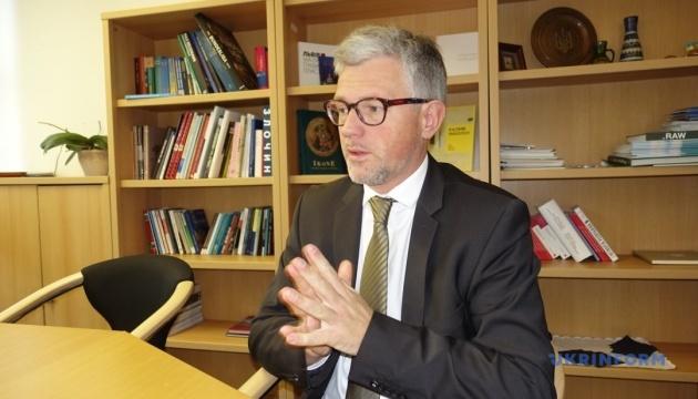 Партия Меркель приняла стратегический документ в поддержку Украины - посол