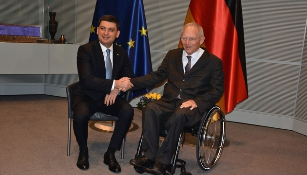 Темы переговоров Гройсмана в Берлине – российская агрессия и экономика