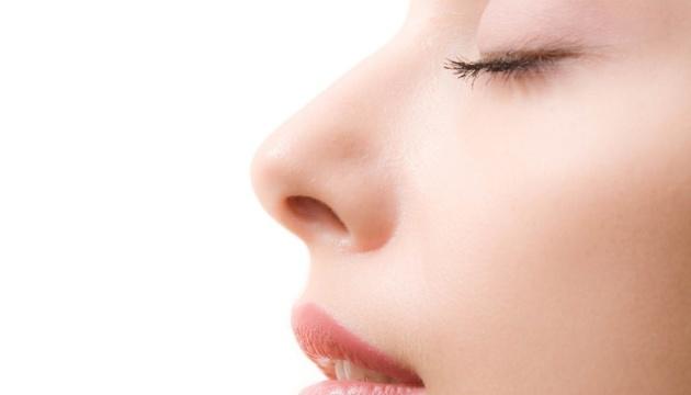 Ринопластика: безопасная коррекция носа