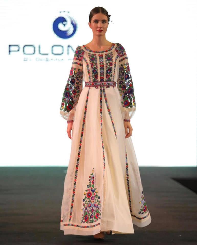 be58a6c3f1e995 Вишукані сукні з вишивкою у національному стилі, створені українською  дизайнеркою Оксаною Полонець продемонстрували на fashion-показі