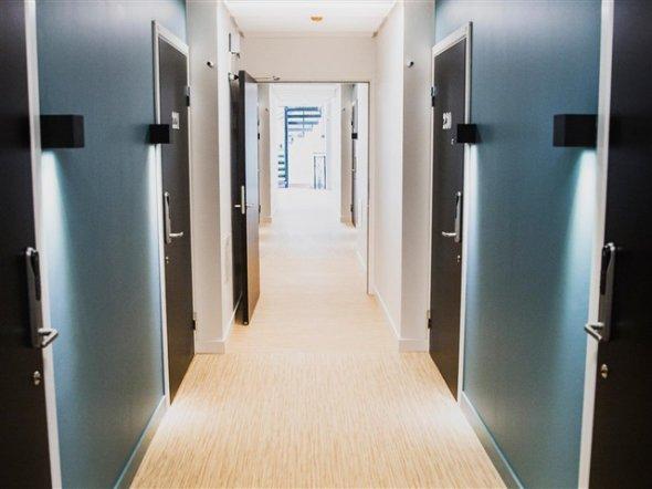 На фото: коридорні кімнати для студентів