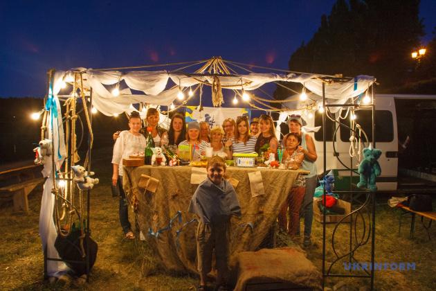 Волонтери, які працювали на фестивалі